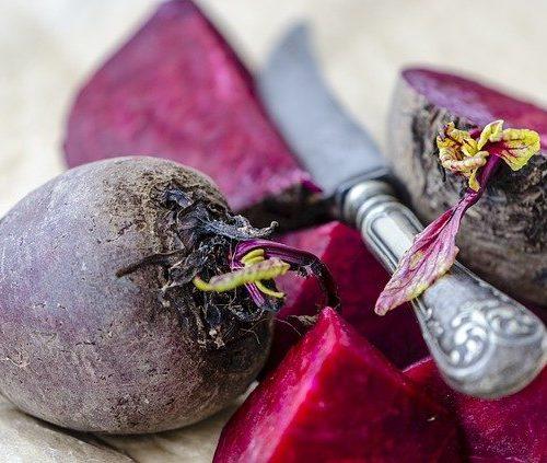 Rezept für Gebratene Rote Beete mit Walnüssen und Feldsalat